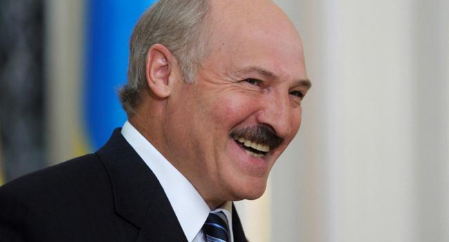 Официально: Лукашенко идет еще на один срок