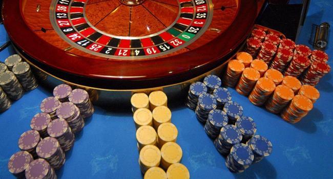 Казино и игровые автоматы выйдут из тени: «Слуги народа» готовится поддержать правительственный законопроект