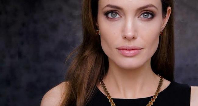 «Сердечные раны затянулись»: Анджелина Джоли взялась налаживать личную жизнь