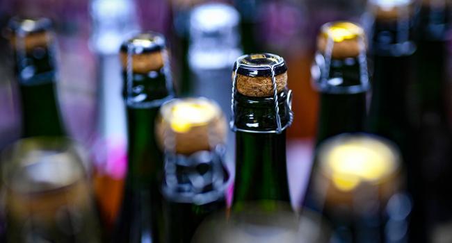 «Никакого законопослушания»: Запрет на продажу спиртных напитков ночью продолжает существовать