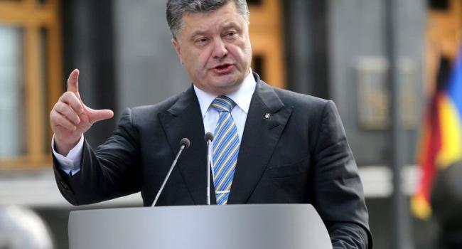 «Его не посадят из-за Зеленского»: Политолог объяснил, почему Порошенко ещё на свободе