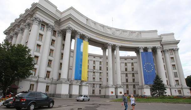 Украина будет требовать от России компенсацию за незаконный захват кораблей