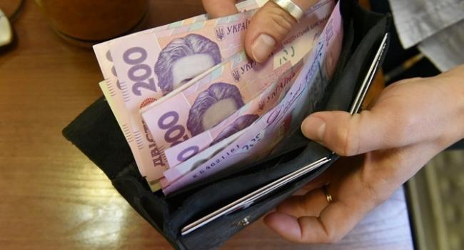Блогер: всего за полгода президентства Зеленского, задолженность по зарплатам выросла на 27,5% и побила 18-летний рекорд
