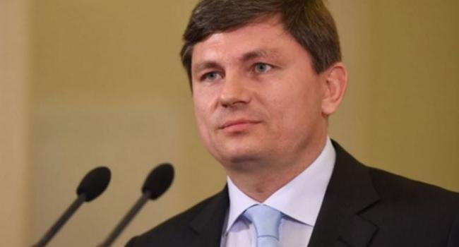 «Украинское общество встревожено»: Герасимов предупредил, что встреча Зеленского и Путина может закончиться капитуляцией Украины