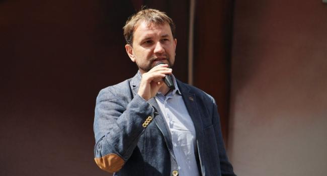 «По-прежнему контролируется Порошенко и Вятровичем»: Долинский рассказал о мероприятиях в украинском Институте национальной памяти