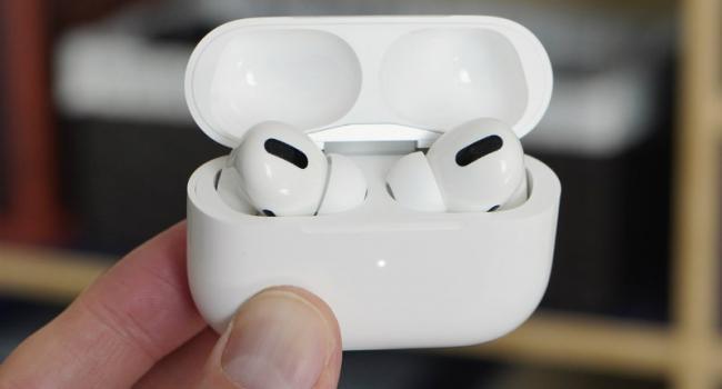Новые наушники AirPods Pro получили технологию шумоподавления