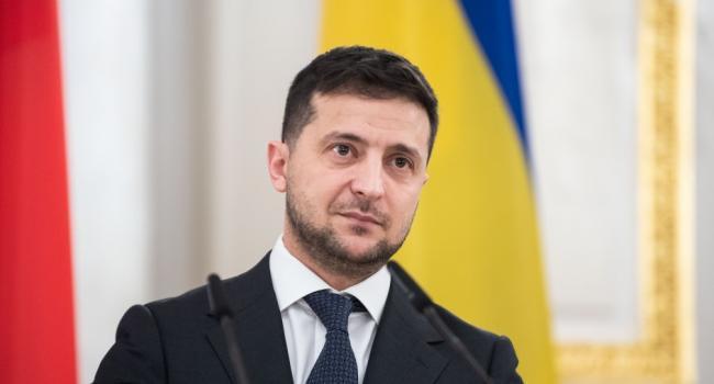 «А ещё у нас люди перестали мыться и ждут, когда Крым вернется в Украину»: Блогер прокомментировал небритость Зеленского