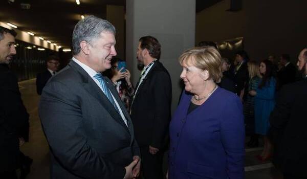 «Санкции против агрессора должны быть продлены»: Порошенко провел разговор с Меркель