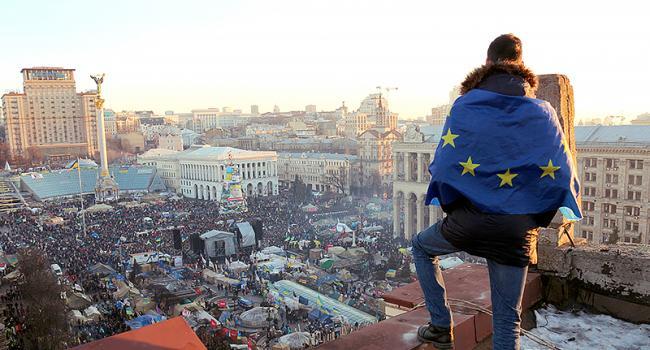 «Украину спасет воинственное большинство. Те, кого вчера называли «майданутыми», а сегодня обзывают «укрокарателями»»: воин ООС растрогал сеть своим постом