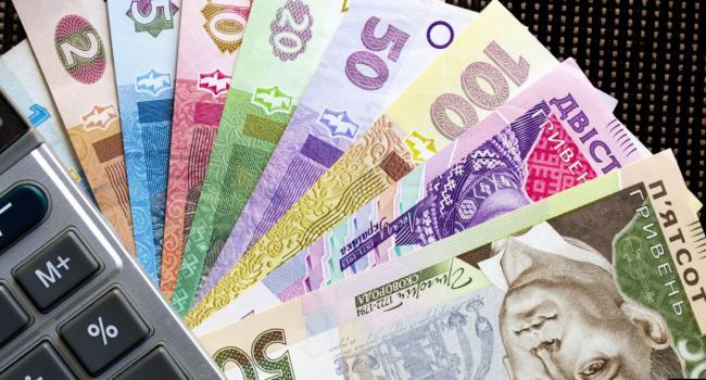 «Выплаты больничных и декретных возобновляются»: В Фонде социального страхования Украины сделали официальное заявление