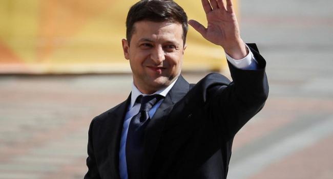 «Он хочет под овации планеты уйти как великий миротворец»: участник войны на Донбассе жестко раскритиковал Зеленского