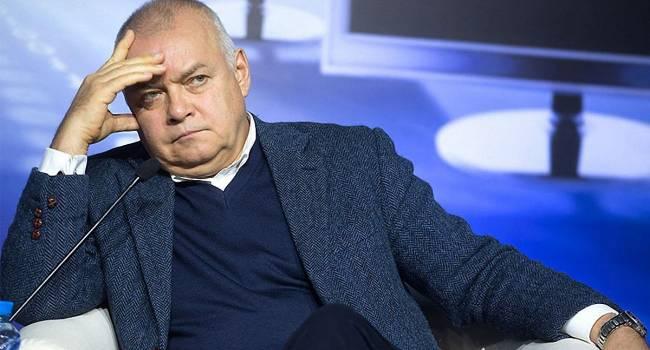 «Долгие годы кремлевской пропаганды подействовали на психику россиян»: Шендерович заявил, что Россия на пути к деградации