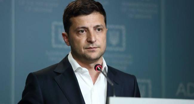 Даже при Кучме или Януковиче такого не было: политолог рассказал, как Зеленский лишил «слуг народа» права голоса