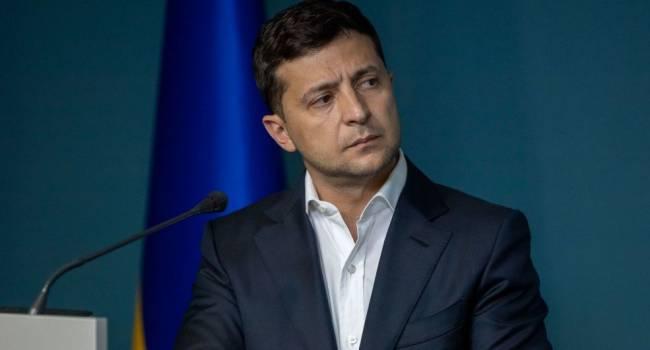 Соцопрос: большинство украинцев от Зеленского по-прежнему ждет рост пенсий и зарплат, а также снижения тарифов