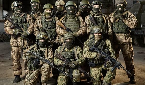 «У них особое оружие»: В разведке сообщили о прибытии на Донбасс спецназа России