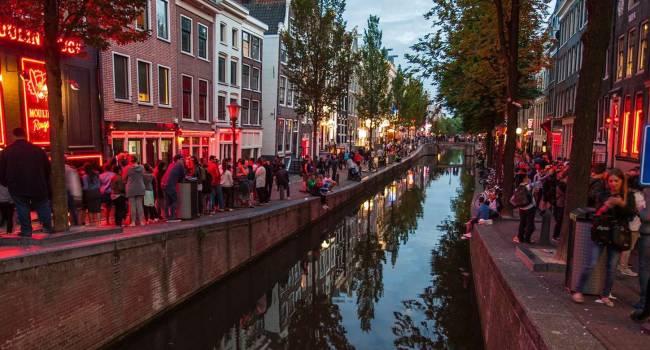 Власти Амстердама откажутся от квартала Красных фонарей