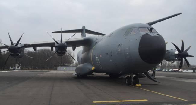 В Одессу прибыл уже второй за 2 недели военно-транспортный самолет ВВС Великобритании
