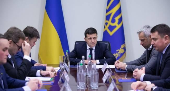 Политолог: Зеленского спасет только полная «турбоперезагрузка» руководства всех правоохранительных структур