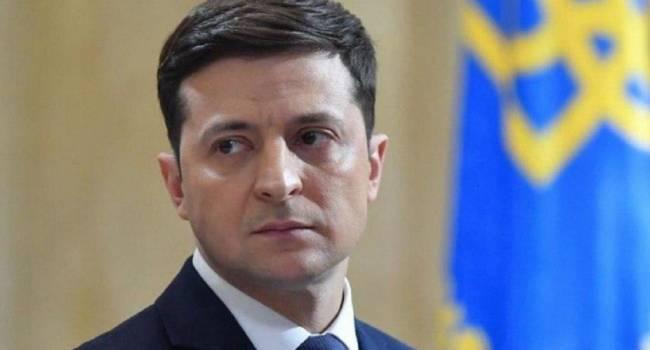 «Не упав, не узнаешь, кто тебя поддержит»: Рейтинг Зеленского за последние два месяца упал на 21%