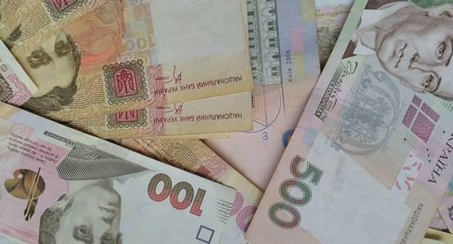 «Это серьезное испытание для Кабмина Гончарука»: Аналитик не понимает, где правительство собирается брать деньги для того, чтобы погасить долги по зарплатам