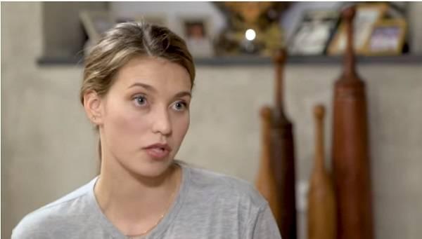 «Разве плохо?»: Регина Тодоренко рассказала, почему продолжает получать премии в России