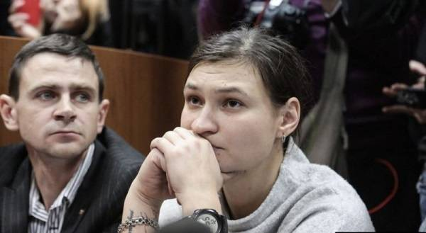Защита заявила о давлении на свидетелей, согласных подтвердить пребывание в АТО Яны Дугарь