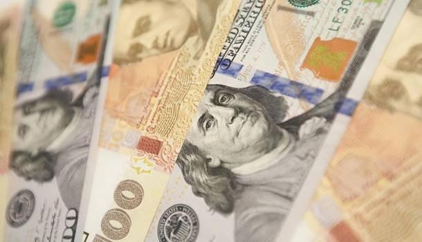 Эксперт прогнозирует дальнейшее падение курса доллара