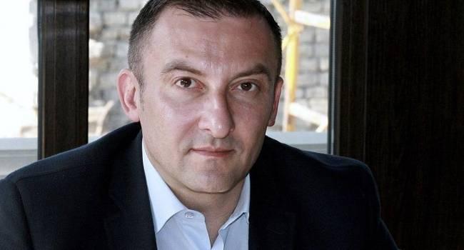 «ДНР», БЮТ, БПП, РФ: журналист рассказала об интересных аббревиатурах в биографии Соболева, за которым охотились в центре Киева
