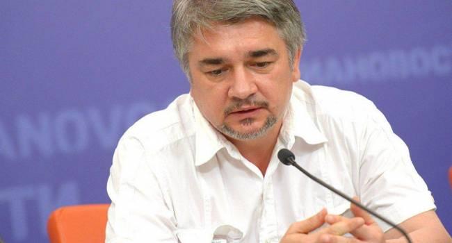 «Не оставили ни одного шанса для страны»: Политолог рассказал о правящей элите в Украине