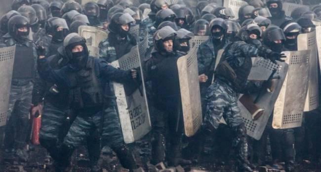 «Шансов на Майдан становится больше»: Цимбалюк рассказал о новых протестах в Украине