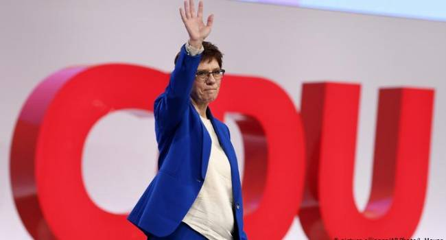 В Германии назревает новый правительственный кризис: Меркель может покинуть свой пост досрочно