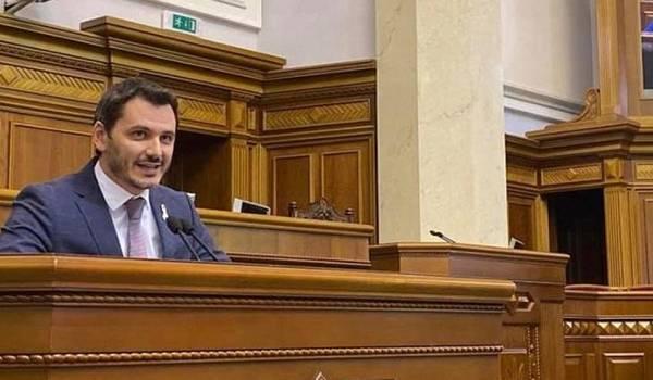 Депутат: Верховная Рада не призывал Зеленского просить НАТО о предоставлении ПДЧ