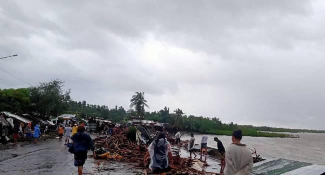 Минимум 17 жертв: Филиппины пострадали от сильнейшего тайфуна