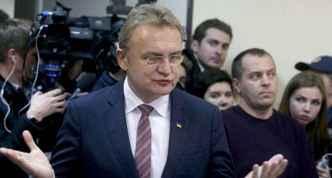 Суд над Садовым: Фемида отменила залог мэру Львова, отпустив его под личное обязательство