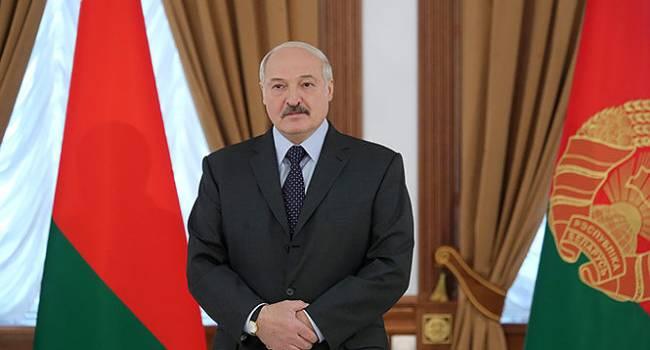 «Запомните. Я не пацан, который отработал три-четыре-пять лет президентом, мне хватило»: Лукашенко заявил, что его страна не собирается объединяться с РФ