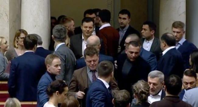«Слуга» Бужанский таки догнал «слугу» Гео Лероса за колонами парламента