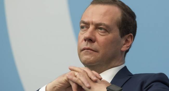 «Хочу сказать вам прямо»: Медведев указал Лукашенко на его большое заблуждение