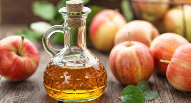 За границей этот способ похудения тоже популярен: эксперт рассказала о пользе яблочного уксуса