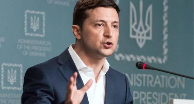 Политолог: с днем скорби на 8 декабря кто-то очень сильно подставил Зеленского