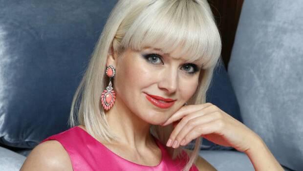 45-летняя певица Натали переборщила с пластикой лица