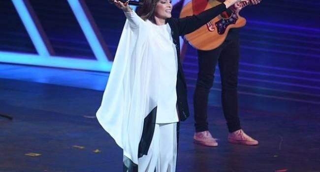 «Охрана! Охрана! Немедленно дайте охрану!»: Софии Ротару внезапно стало плохо на «Песне года» в Москве