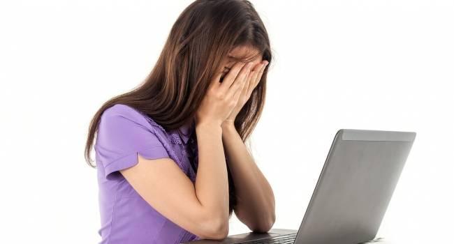 «Моральное позерство»: Психологи поведали, с чем связано желание некоторых людей критиковать других в соцсетях