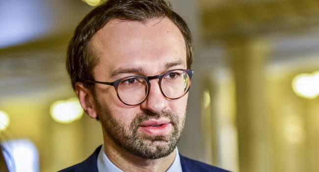 «Зрада отменяется»: Лещенко не считает показ оригинальной версии «Слуги народа» в РФ взяткой от Путина Зеленскому