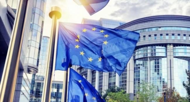 Путину не удалось стать миротворцем: Европейский совет продлил на полгода санкции против России
