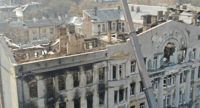 «У нас всего одна лестница»: журналист объяснил, почему в Одессе регулярно происходят трагедии