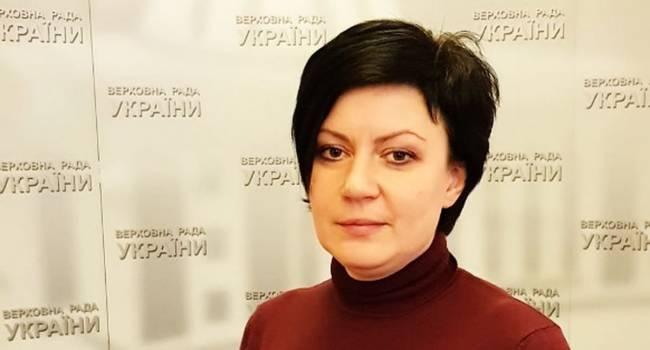 «Предлагают амнистировать лиц, пытавших и убивавших украинских граждан»: Депутат от  «Слуги народа» объяснила, почему не поддерживает закон об особом статусе Донбасса