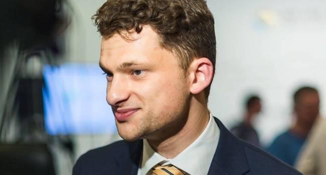 Министры Гончарука требуют повышения зарплат в несколько раз
