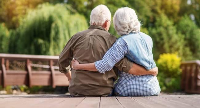 Благодаря современной медицине удалось увеличить: ученые выступили с неожиданным заявлением о максимальной продолжительности жизни