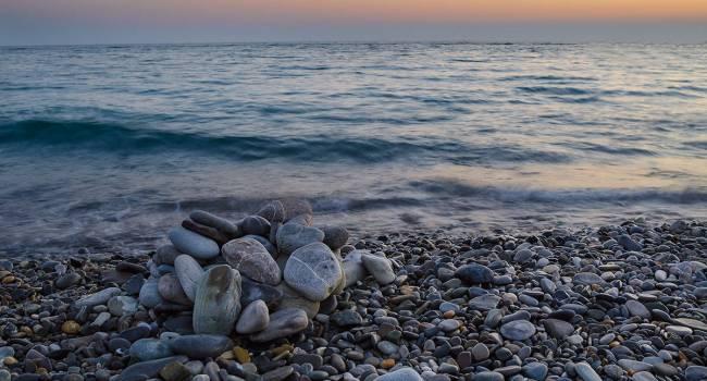 «Мутная вода с хлопьями»: Черному морю грозит уничтожение
