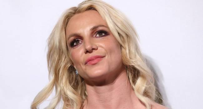 «Люди говорят самые подлые вещи»: Бритни Спирс возмутили комментарии под её фото в Инстаграме